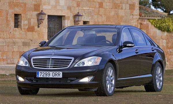 Студент на Mercedes-Benz 600 стал причиной гибели четырех человек