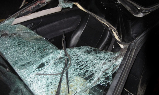 В Черкесске Toyota протаранила остановку, четверо погибли
