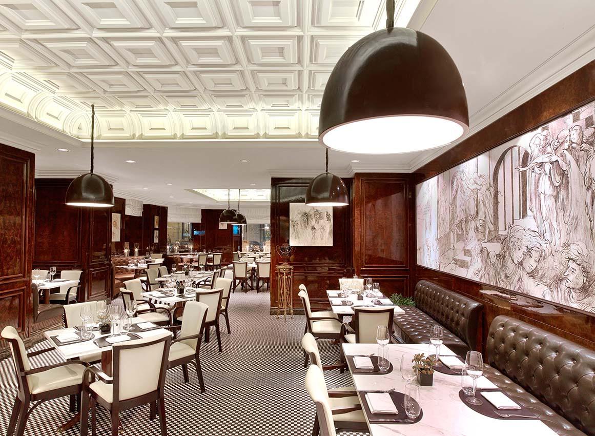 Ресторан A Tavola отеля «St. Regis Москва Никольская»
