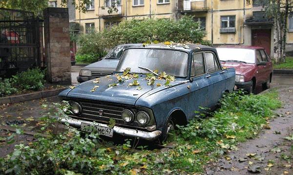 С улиц Москвы уберут все брошенные авто