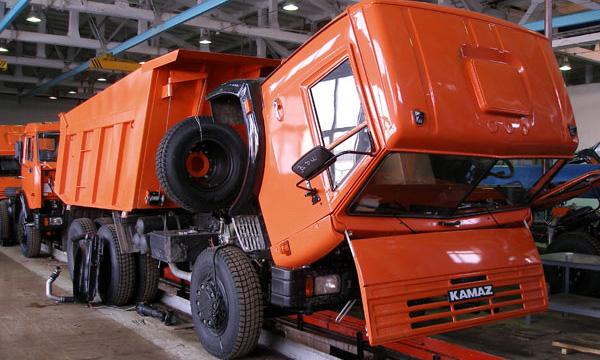 КамАЗ остановит сборочный конвейер почти на месяц