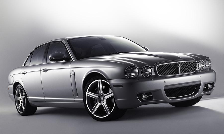 Jaguar XJ Super V8 – спецверсия Белые ночи