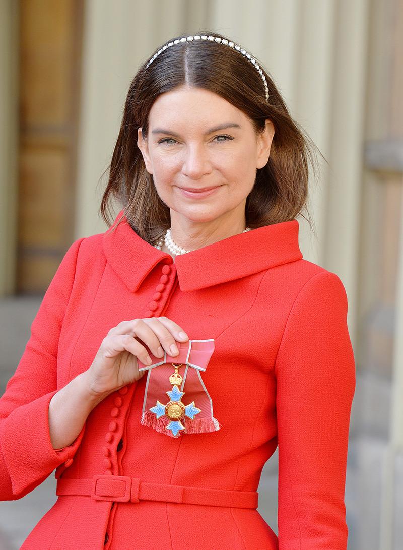 В 2009 году Натали Массене была удостоена звания кавалера ордена Британской империи, а в 2016-м стала дамой-командором одноименного ордена за вклад в развитие британской сферы розничной торговли и индустрии моды