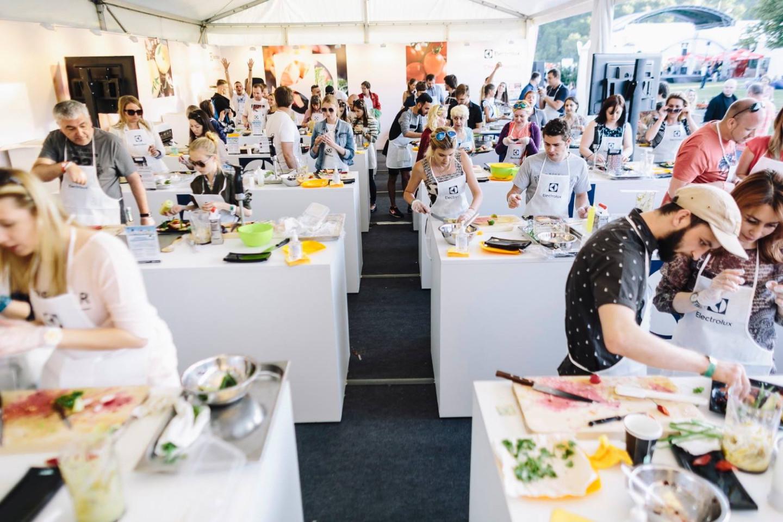 Площадка кулинарных мастер-классов от Electrolux Chefs' Secrets & #Electrolux Taste Theatre