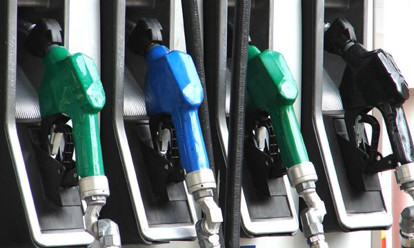 Эксперты прогнозируют новый скачок цен на бензин