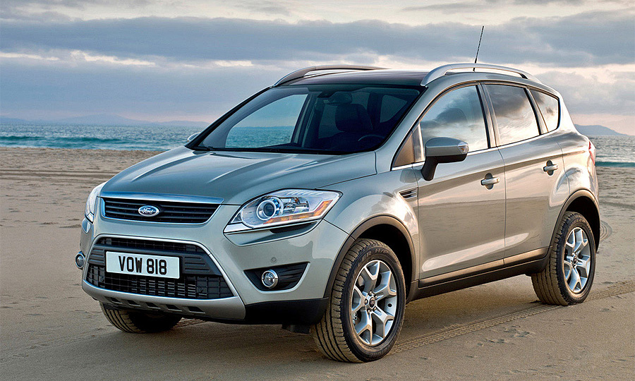 Ford Kuga с бензиновым двигателем и автоматом едет в Россию