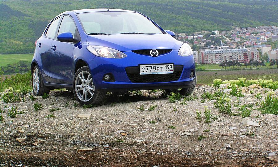 Маленькая Mazda2 – серьезная покупка