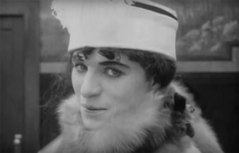 Кадр из фильма«Женщина»