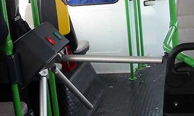 В московских пробках виноваты турникеты в автобусах