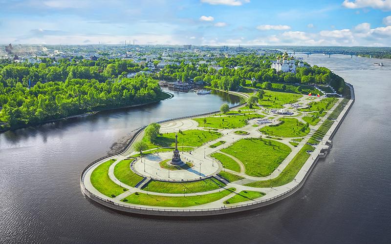 Парк на Стрелке— место, где Которосль впадает в Волгу