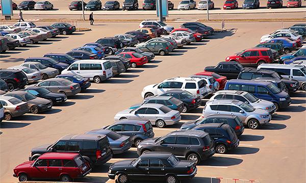 «Машин на всех не хватает». Что происходит на вторичном рынке