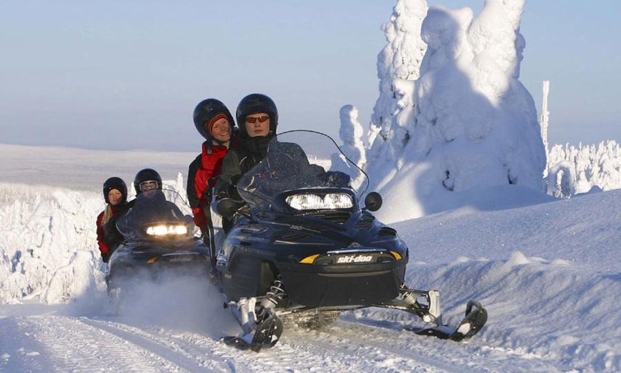Власти оштрафовали полсотни водителей снегоходов без прав и техосмотра
