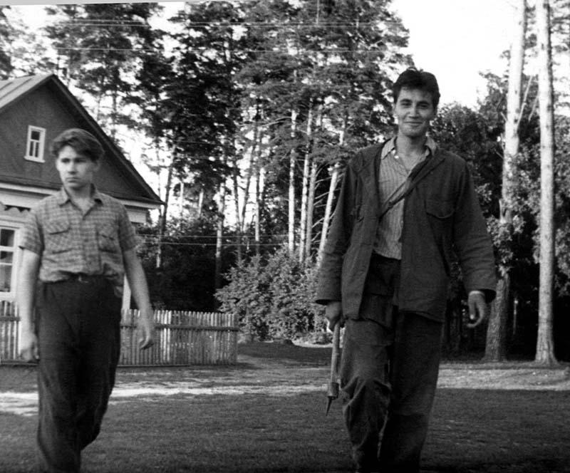 Игорь Кузьмин и Николай Дроздов в экспедиции,1 июня — 30 августа 1958