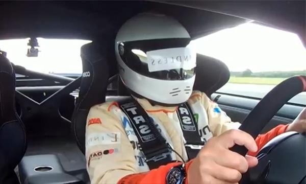 Слепой водитель установил рекорд скорости