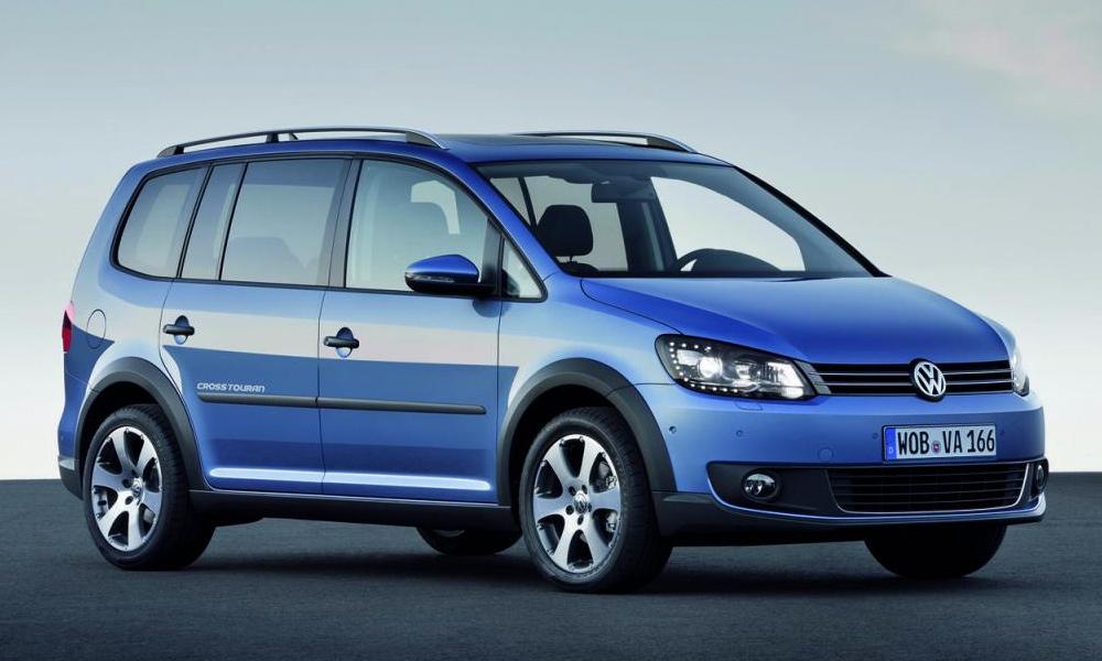 Volkswagen обновил минивэн CrossTouran