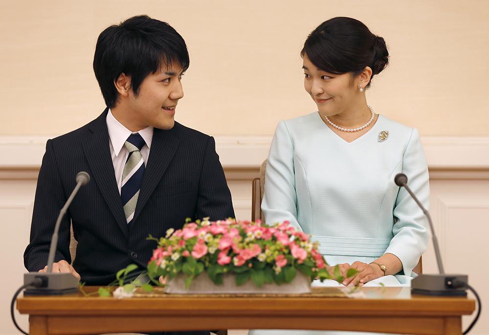 Кей Комуро и принцесса Мако Акисино