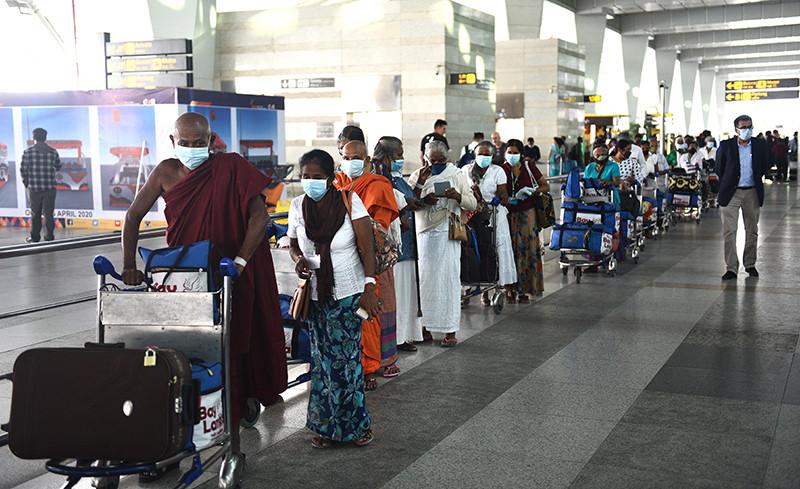 Аэропорт Нью-Дели, Индия