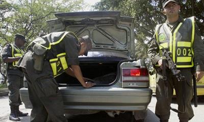 Мексиканские наркобароны ездят на бондмобилях
