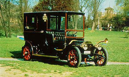 Lancia отмечает 100 лет