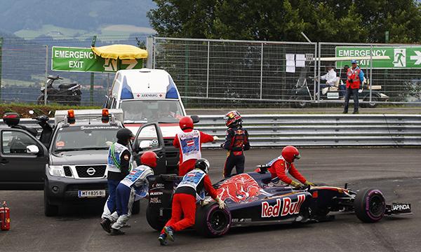 Даниил Квят выбыл из гонки Гран-при Австрии из-за технических проблем