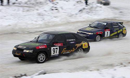 В Оренбурге по время ледовых автогонок погиб зритель