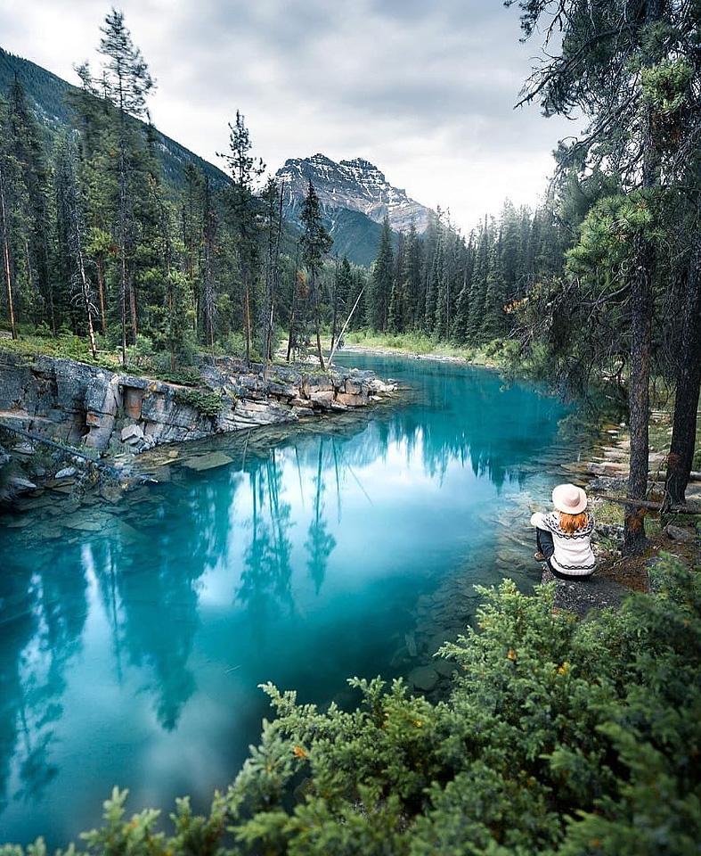 Озеро Хорсшув национальном паркеДжаспер