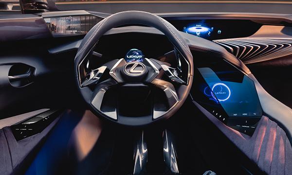 Lexus показал салон концептуального кроссовера UX