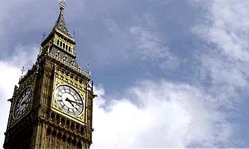 Верховный суд Англии оправдал водителя, подававшего сигналы