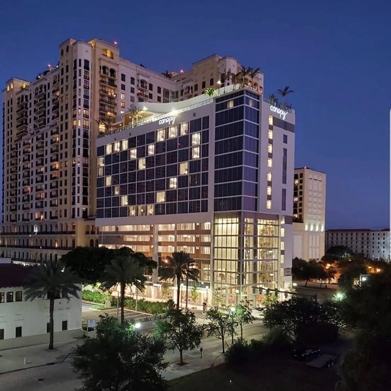 Акция Hope в сети отелей Canopy by Hilton