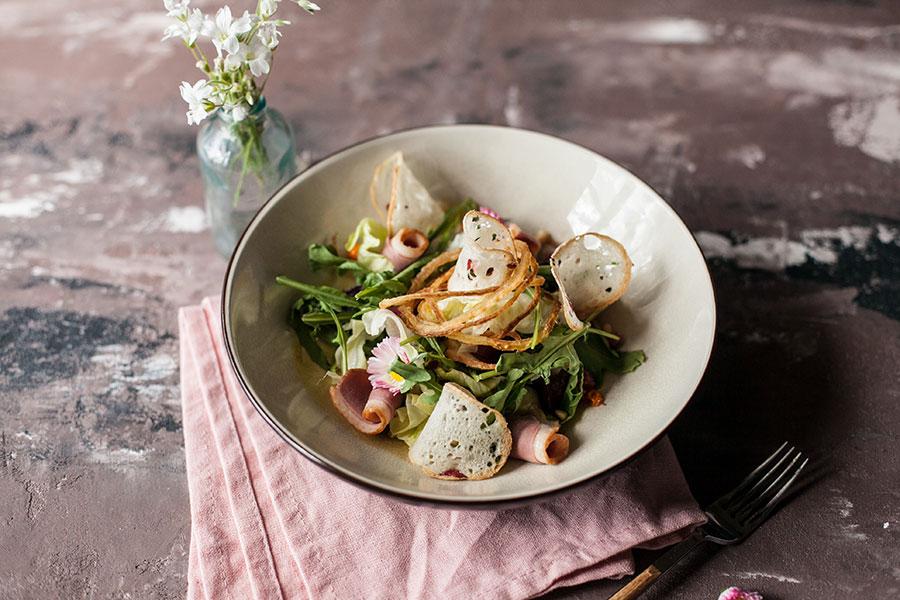 Салат с вяленой уткой