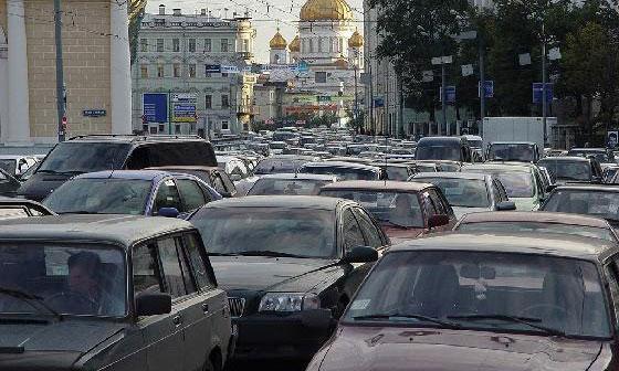 Москвичам показали план борьбы с пробками