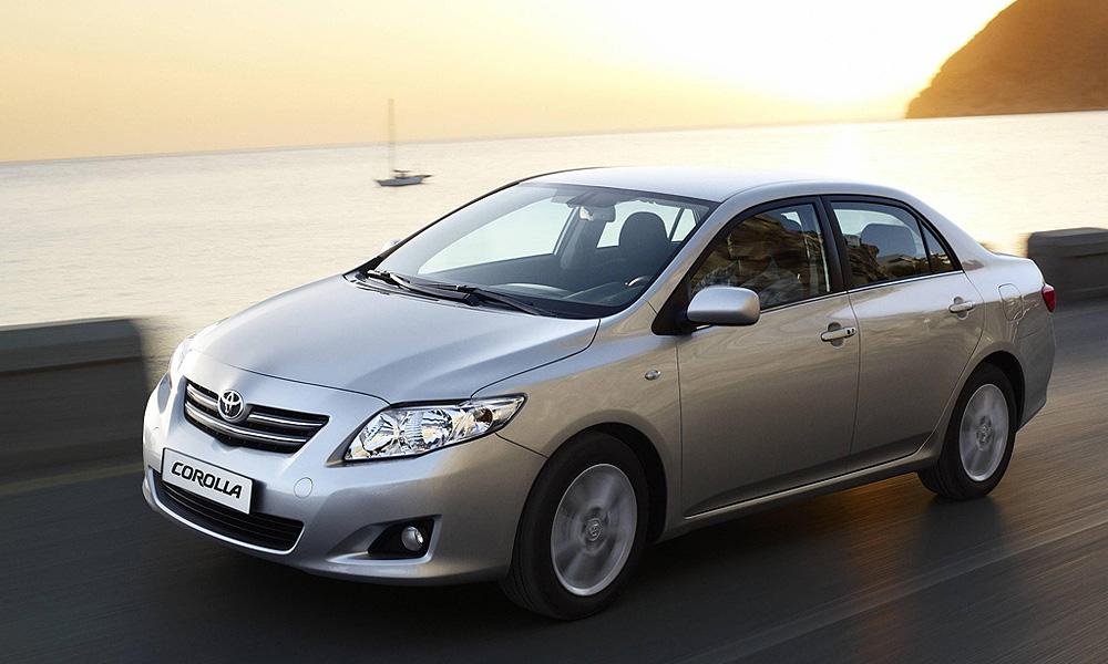Toyota отзывает новую партию Corolla в связи с внезапным ускорением