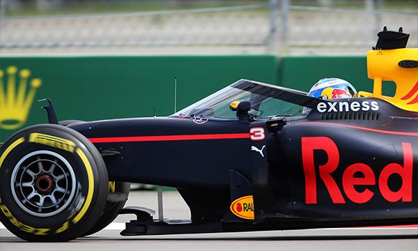 Red Bull испытал в Сочи новую систему защиты Aeroscreen