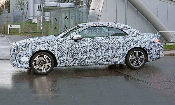 Кабриолет Mercedes-Benz E-Class нового поколения впервые замечен на тестах