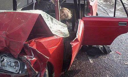 Водитель автомобиля Жигули  выехал на полосу встречного движения