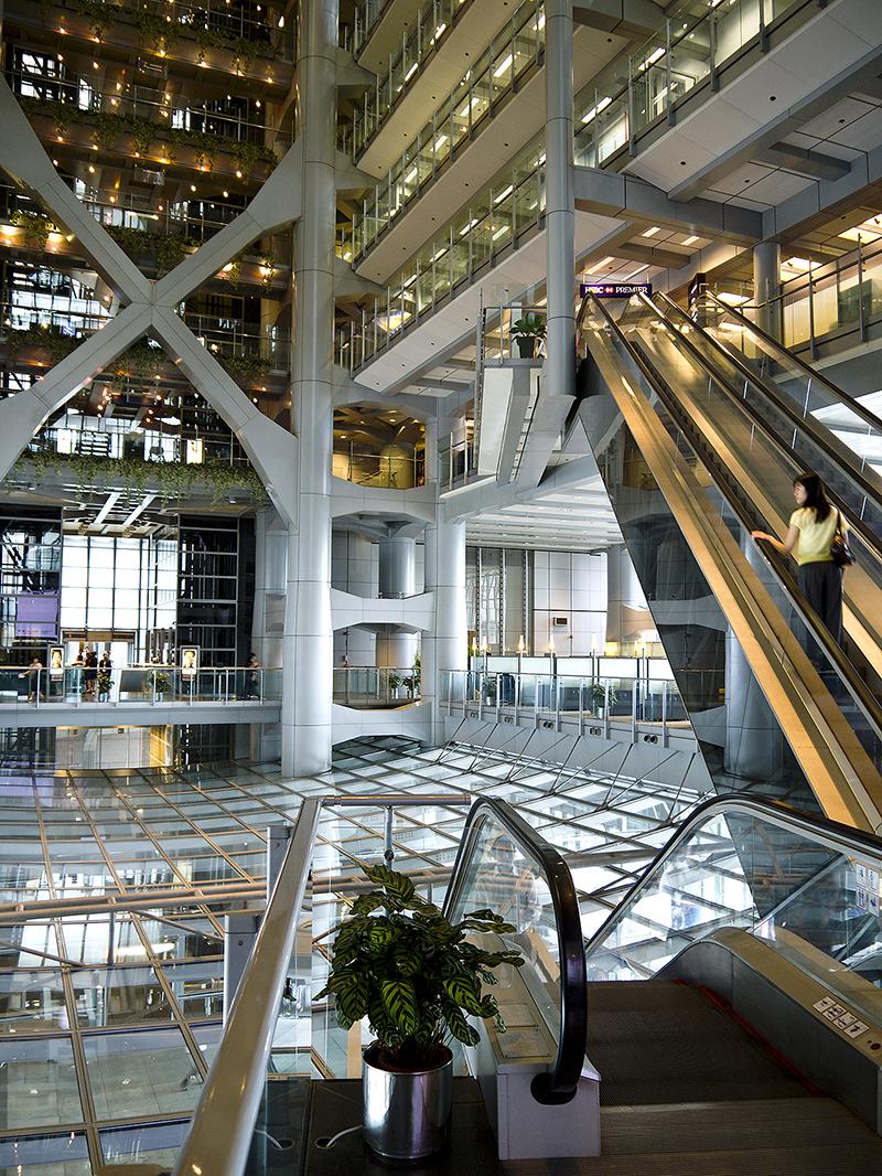 Атриум в небоскребе HSBC Main Building, Гонконг