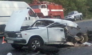 В ДТП с кортежем губернатора машину разорвало пополам