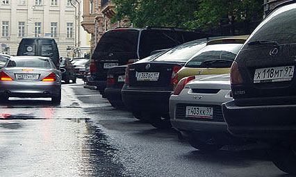 Московские дороги раскрасят зеленым и красным