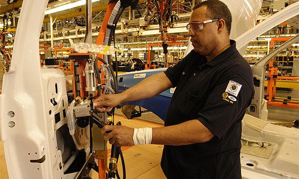 Ford остановил конвейер из-за гибели рабочего