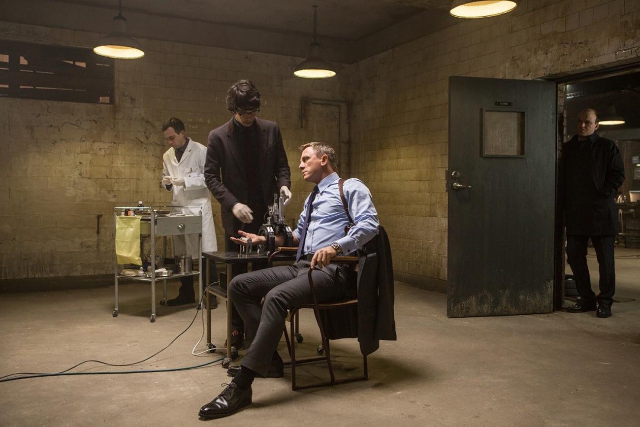 Дэниэл Крэйг в роли агента 007 в фильме «007: Спектр»