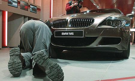 BMW обогнал по популярности Mercedes-Benz и Audi