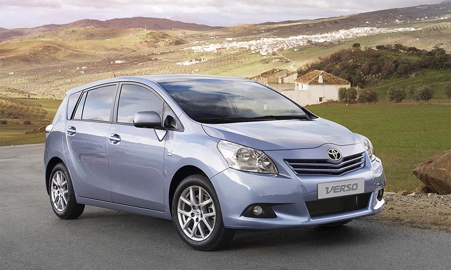Toyota объявила российские цены на обновленный Verso