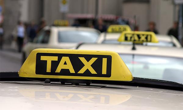 Водители такси научились обманывать систему GPS ради выгодных заказов
