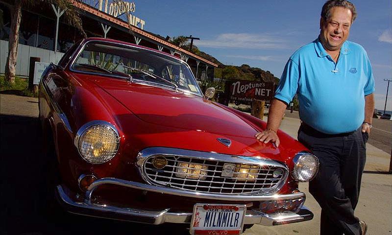 Ирв Гордон и его красный Volvo P1800 1966 года выпуска