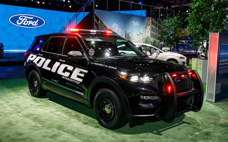 Сотрудники Ford просят компанию прекратить выпуск полицейских машин