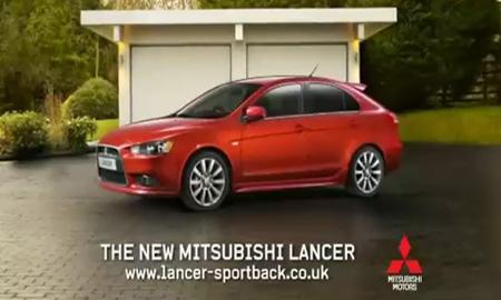 Рекламу Mitsubishi Lancer запретили к показу в Британии