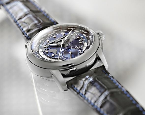 Время синего: мужские и женские часы с синим циферблатом