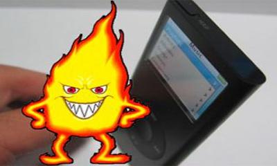 Плеер iPod Nano стал причиной возгорания автомобиля