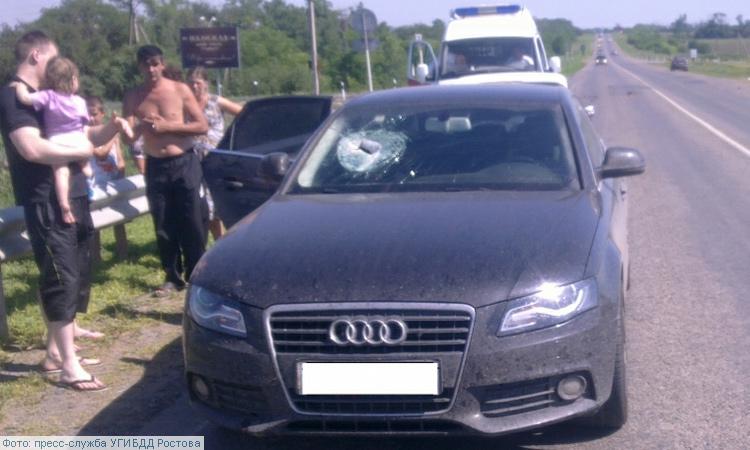 Выпавший из грузовика кирпич убил пассажирку легковушки