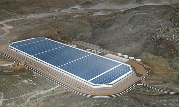 Tesla открыла завод Gigafactory